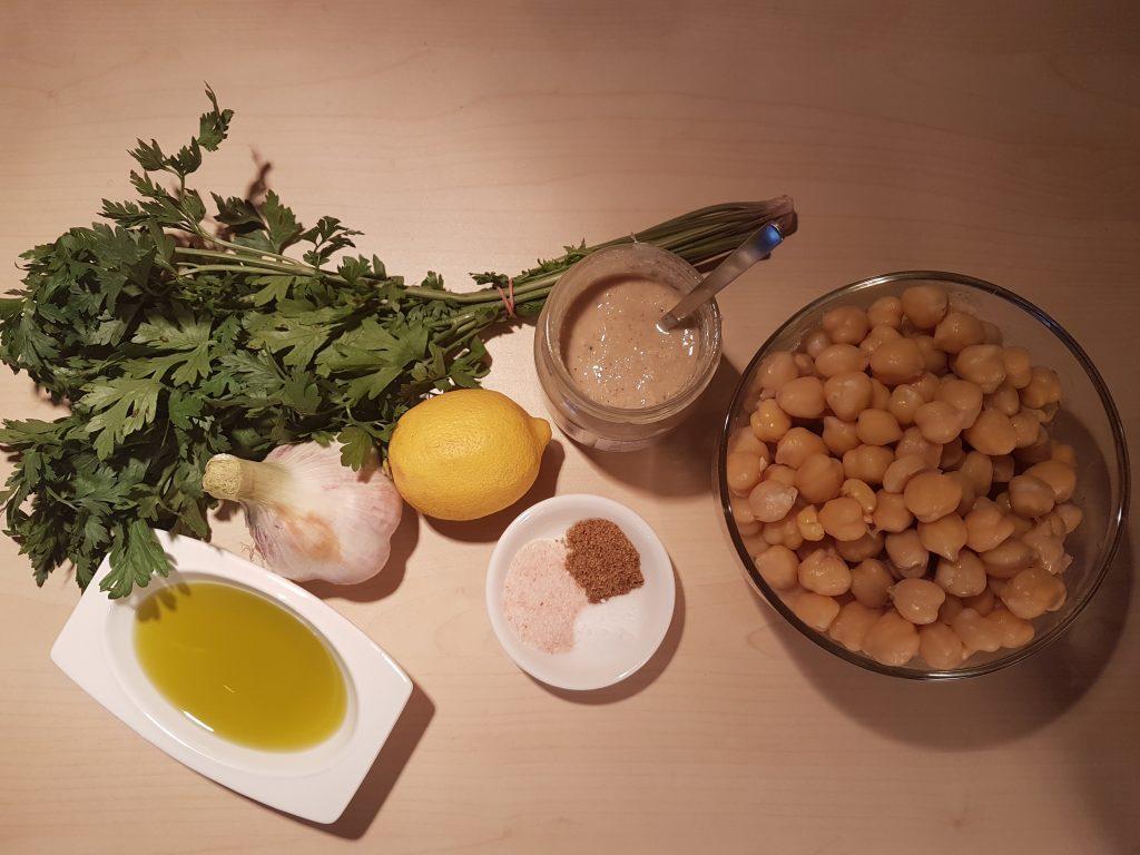 Sastojci za pravljenje humusa