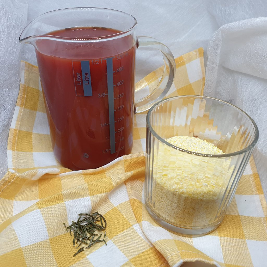 Izmiksiran paradajz i palenta
