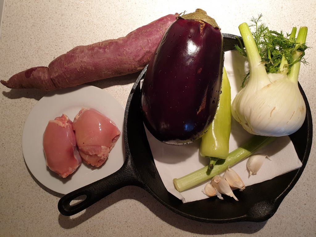 Sastojci za piletinu u kariju sa povrćem